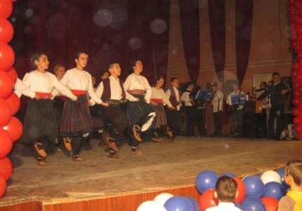 """Uspešno odigran """"Godišnji koncert"""" KUD-ova"""
